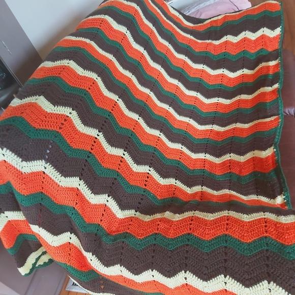 Vintage handmade crevron crocheted blanket